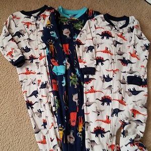 3 sets of 2T footie pajamas